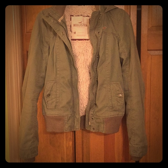 hollister olive jacket